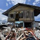 Indonesia calls off grim search for dead in quake-tsunami