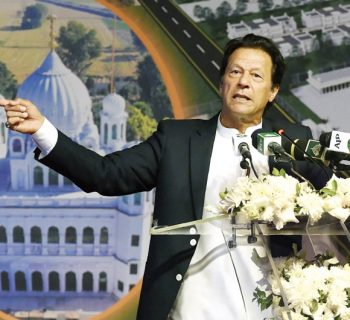 Peace only way forward for Pakistan, India: PM Khan