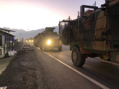 Turkey bolsters military on Syrian border as US readies pull out -media