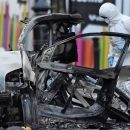 Police link N. Ireland car bomb to 'New IRA'