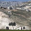 Palestinians ask UN to deploy observer force in West Bank