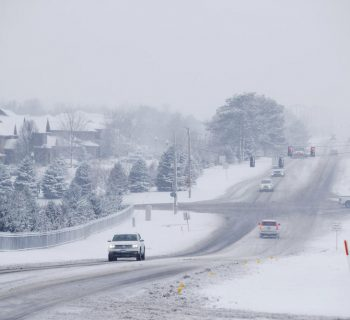 Storm dumps snow on US Midwest; at least 5 dead in crashes