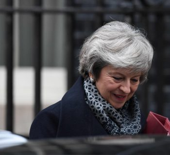 Theresa May survives UK parliament vote of no confidence in her government