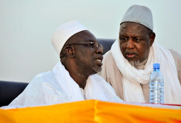 Mali Muslim leaders call for PM's resignation at mass rally