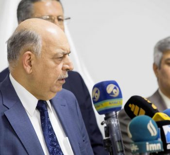 Iraq's Oil Minister reshuffles upstream, gas posts in ministry
