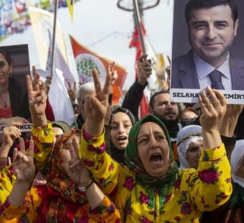 Kurds to rally in Turkey ahead of key local elections