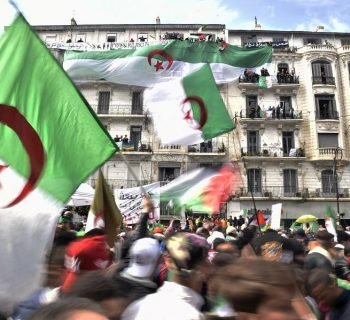 A million protesters urge Bouteflika to quit as president