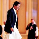 Khan urges Modi to  'work together' for peace